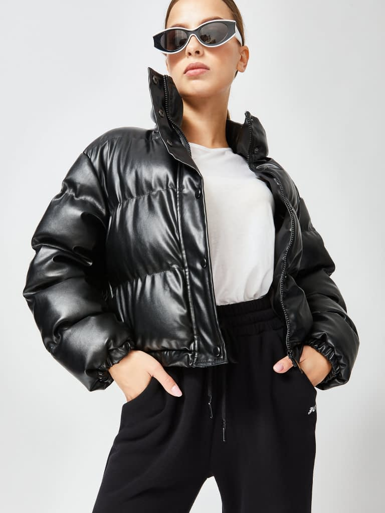 Leather puffers